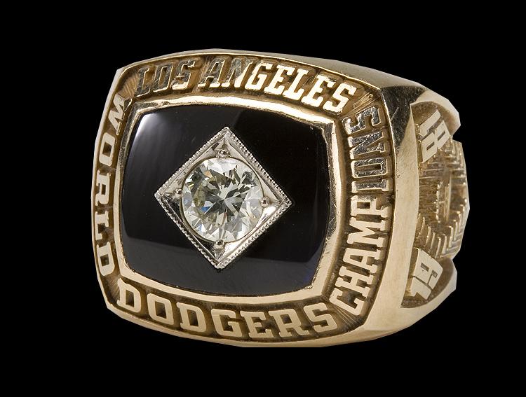 1981-World-Series-Ring